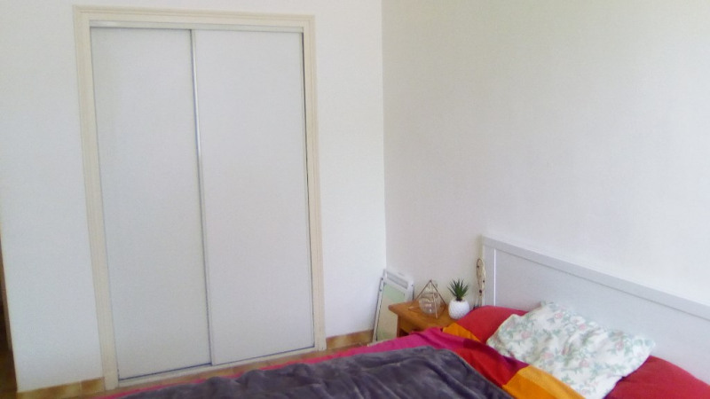Rental apartment Lambesc 850€ CC - Picture 10