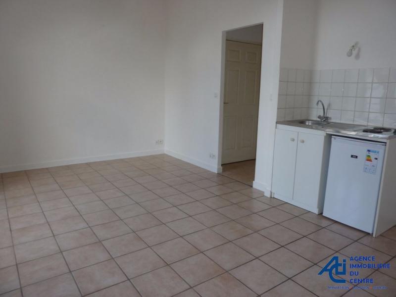 Rental apartment Pontivy 332€ CC - Picture 2