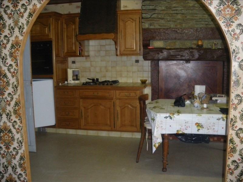 Sale house / villa Pleugueneuc 58860€ - Picture 4