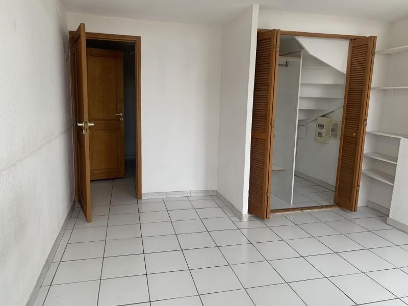 Location appartement Marseille 4ème 980€ CC - Photo 9