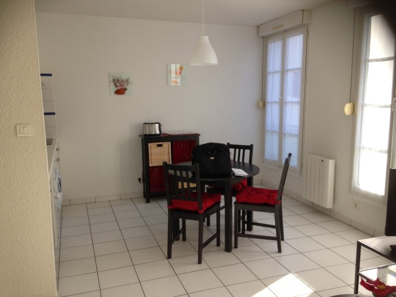 Rental apartment Cognac 440€ CC - Picture 3