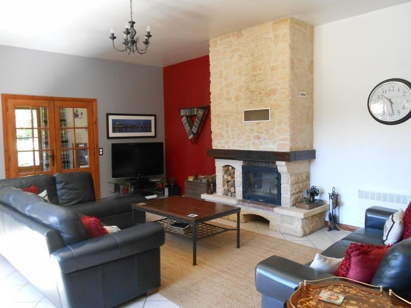 Sale house / villa Meyrals 369000€ - Picture 8