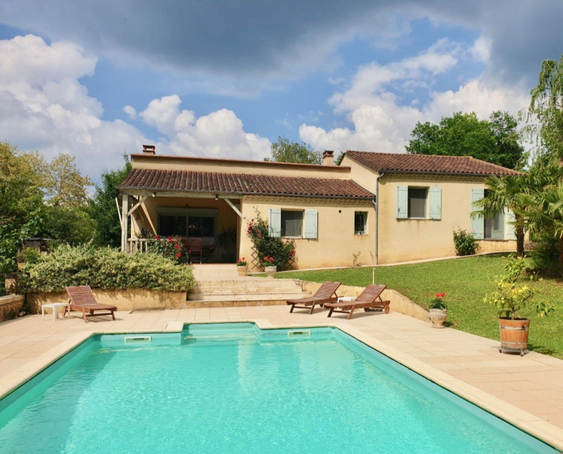 Sale house / villa Beynac-et-cazenac 254000€ - Picture 1