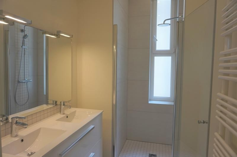 Location appartement Neuilly sur seine 4 600€ CC - Photo 3