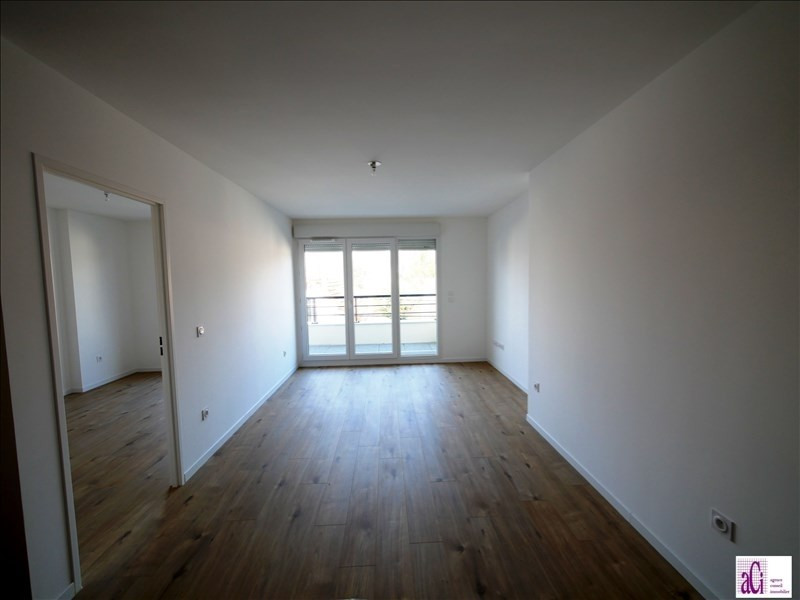 Rental apartment L'hay les roses 915€ CC - Picture 4