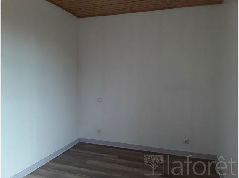 Location appartement La chapelle de la tour 585€ CC - Photo 6