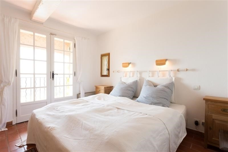 Vacation rental house / villa Les issambres 2750€ - Picture 13