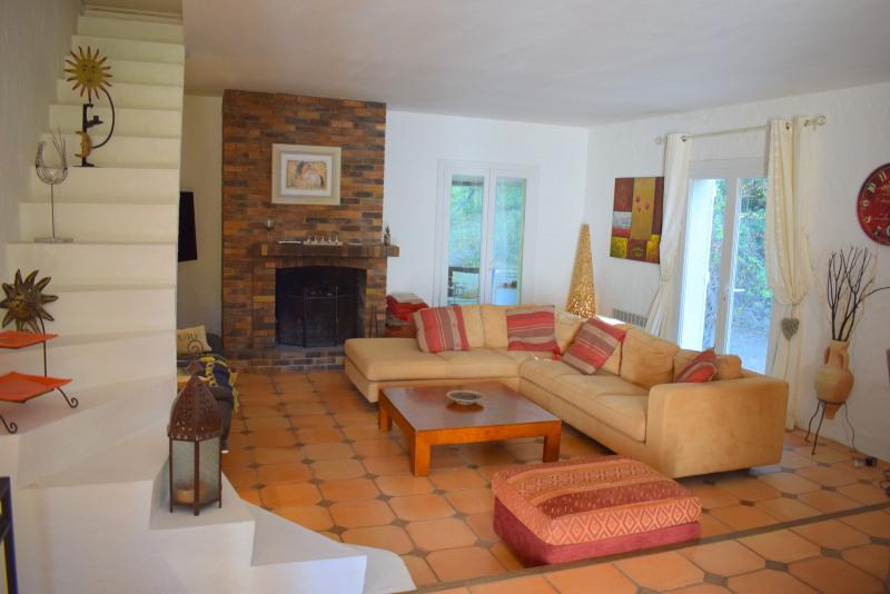 Vendita casa Bagnols-en-forêt 590000€ - Fotografia 11