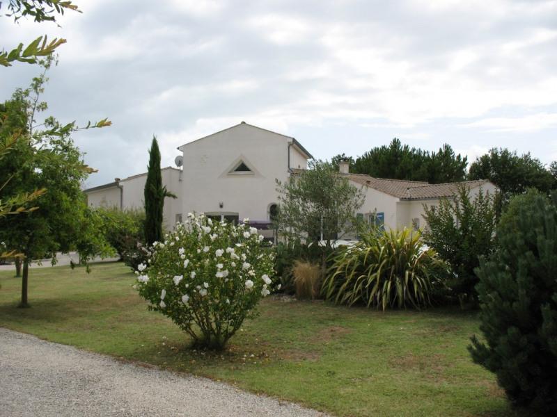 Deluxe sale house / villa Etaules 630000€ - Picture 14