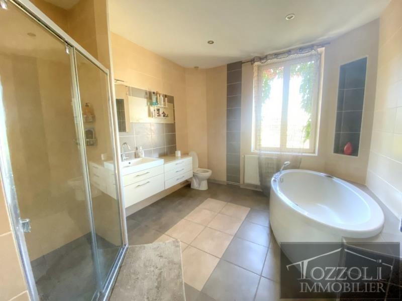 Sale house / villa St quentin fallavier 320000€ - Picture 6
