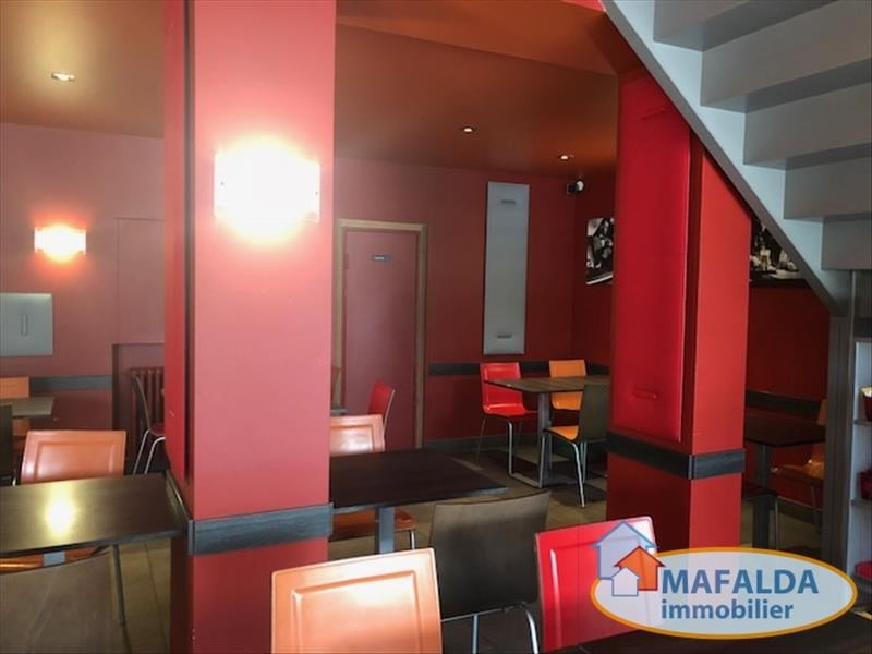 Vente fonds de commerce boutique Cluses 399 500€ - Photo 4