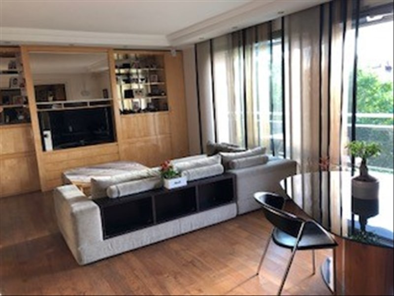 Location appartement Paris 16ème 3 700€ CC - Photo 1