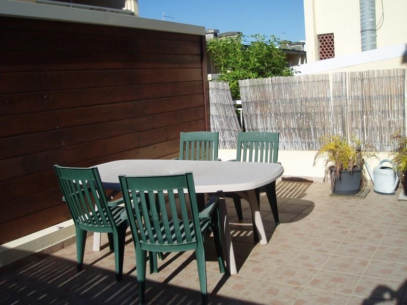 Sale apartment St pierre 153 700€ - Picture 1