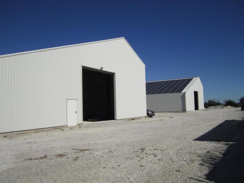 Rental hangar Barbezieux-saint-hilaire 5000€ HC - Picture 1