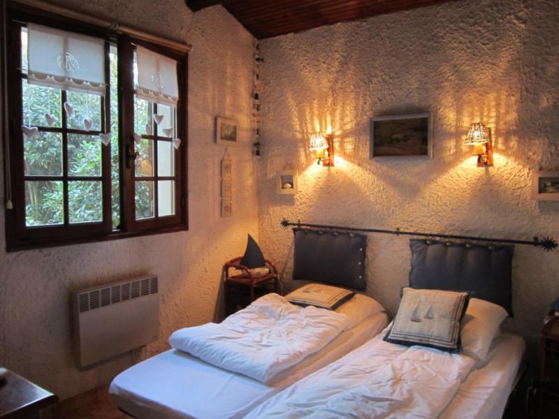 Sale house / villa La palmyre 381425€ - Picture 8