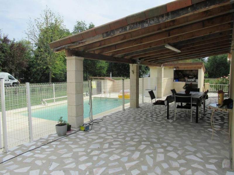 Sale house / villa Mouleydier 233500€ - Picture 2