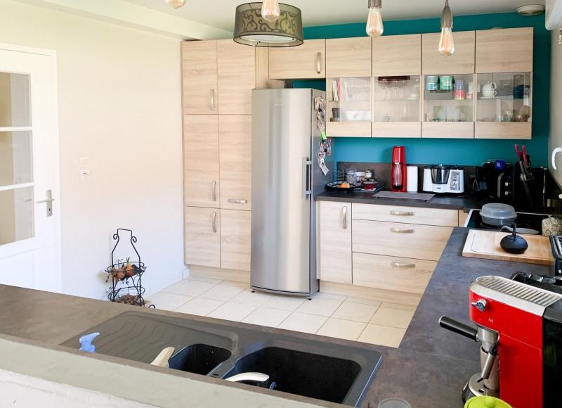 Sale house / villa Soliers 245000€ - Picture 4