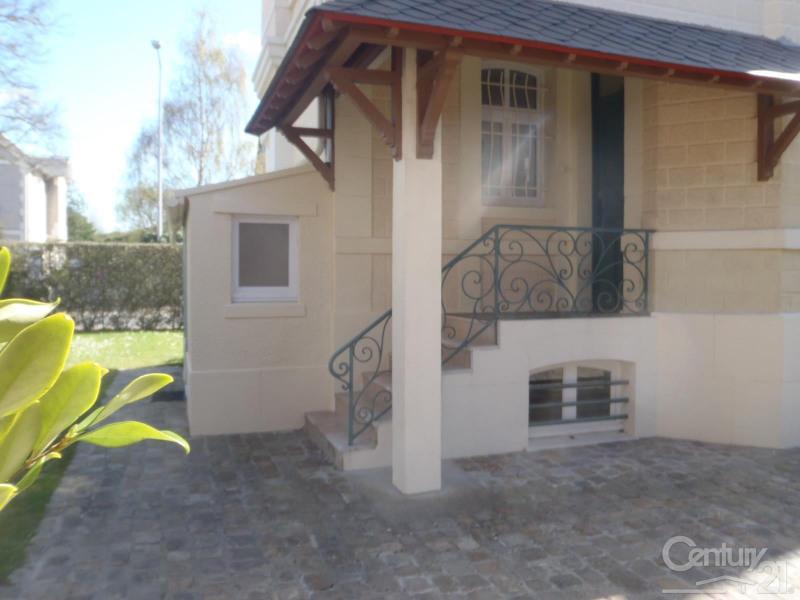 Revenda residencial de prestígio casa Deauville 562000€ - Fotografia 13
