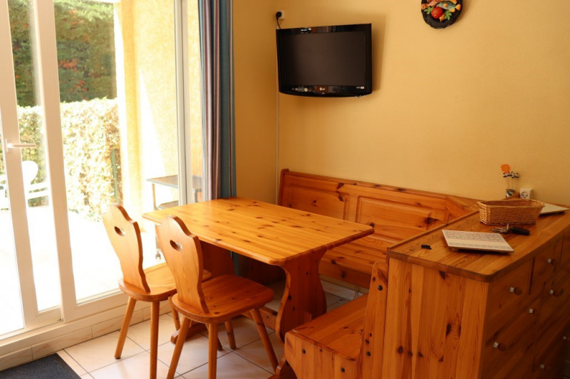 Vacation rental apartment Cavalaire sur mer  - Picture 7