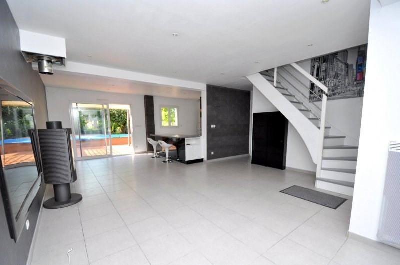 Sale house / villa Forges les bains 369000€ - Picture 2