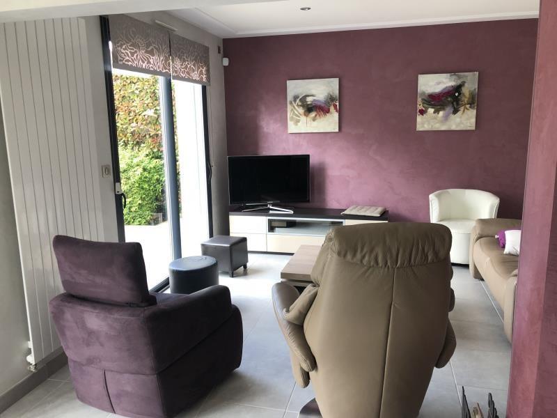 Sale house / villa Le may sur evre 252920€ - Picture 5