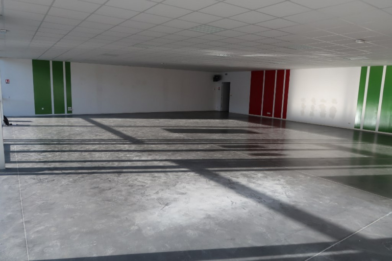 Location local commercial Limoges 7 200€ CC - Photo 3