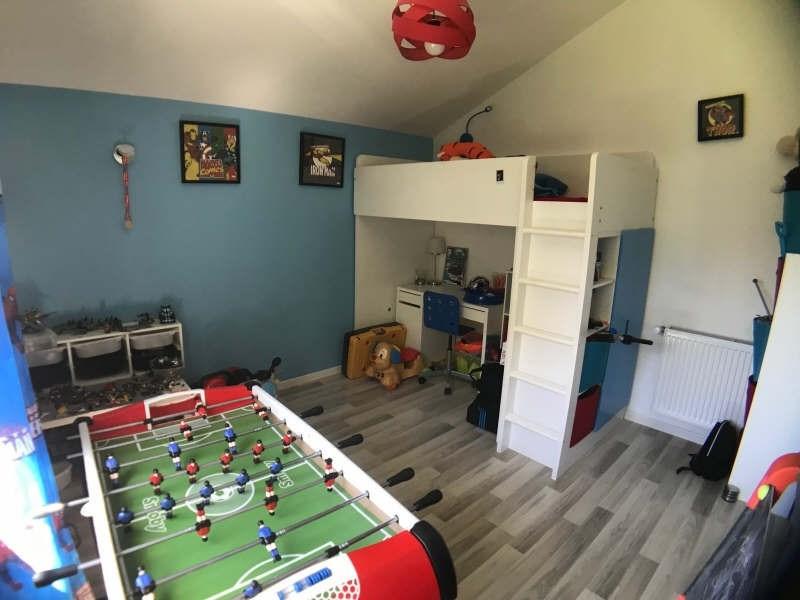 Sale house / villa Lesigny 410000€ - Picture 6