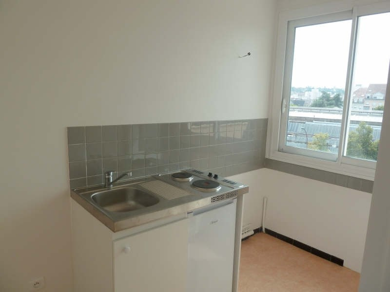 Rental apartment Poissy 664€ CC - Picture 3