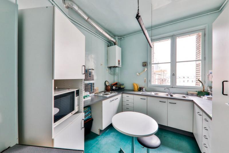Vente de prestige appartement Paris 18ème 1220000€ - Photo 7