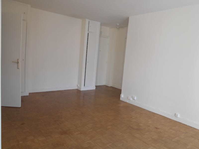 Location appartement Paris 17ème 1 700€ CC - Photo 6
