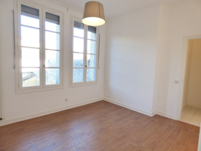 Rental apartment Libourne 1 195€ CC - Picture 5