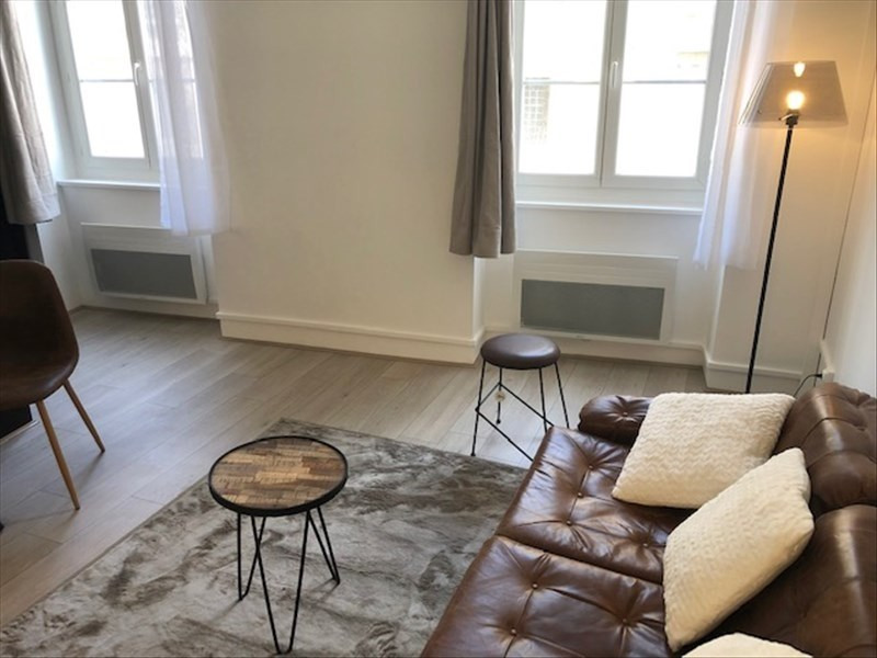 Rental apartment Lyon 1er 755€ CC - Picture 2