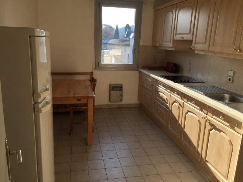 Location appartement Annecy 900€ CC - Photo 4