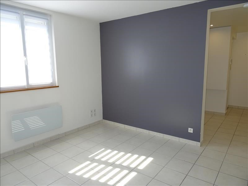 Location appartement Troyes 415€ CC - Photo 2