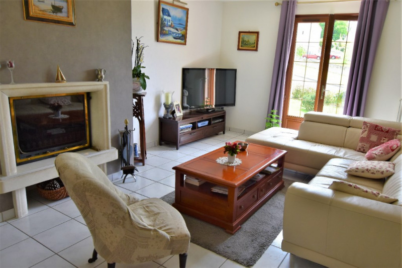 Vente maison / villa Saint calais 213000€ - Photo 2