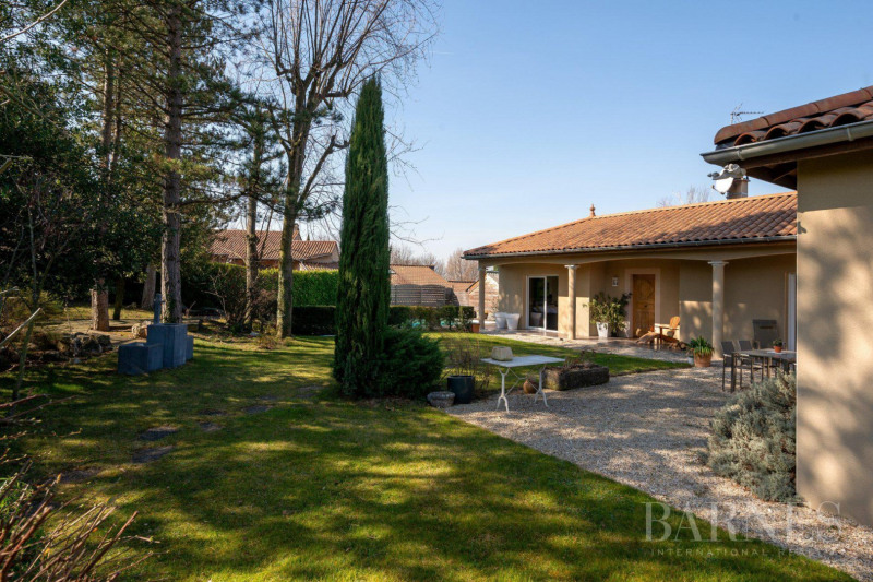 Deluxe sale house / villa Communay 849 000€ - Picture 16