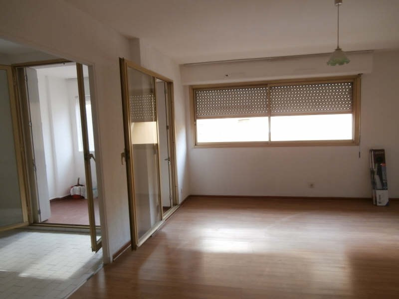 Rental apartment Salon de provence 500€ CC - Picture 3
