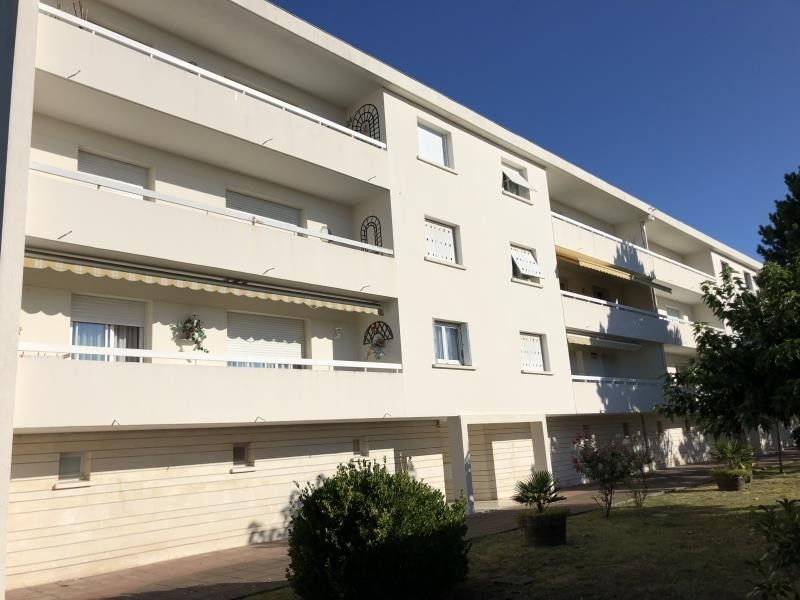 Sale apartment Royan 254 000€ - Picture 1