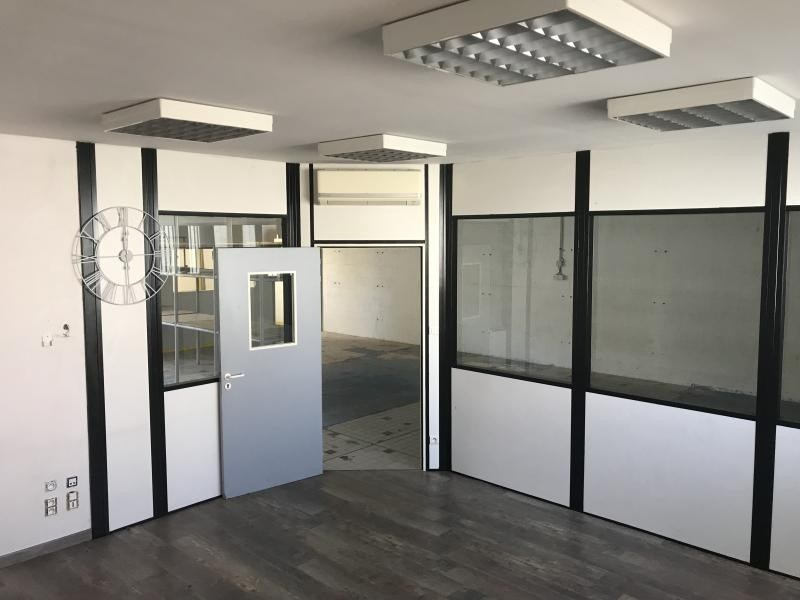Location local commercial Poitiers 465€ HT/HC - Photo 3