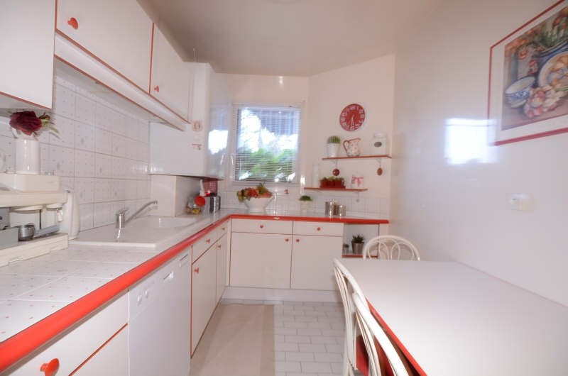Vente maison / villa Fontenay le fleury 410000€ - Photo 5