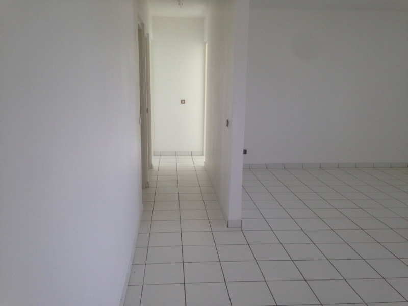 Sale apartment Ste luce 147 150€ - Picture 3