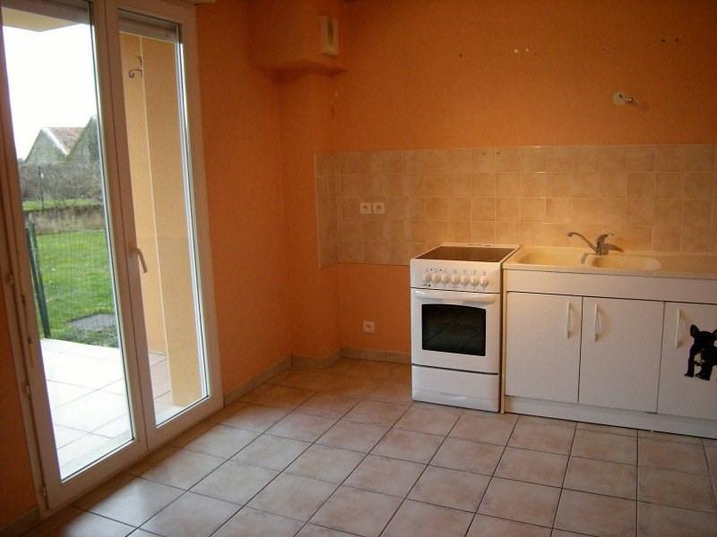 Rental apartment Montrevel-en-bresse 530€ CC - Picture 3