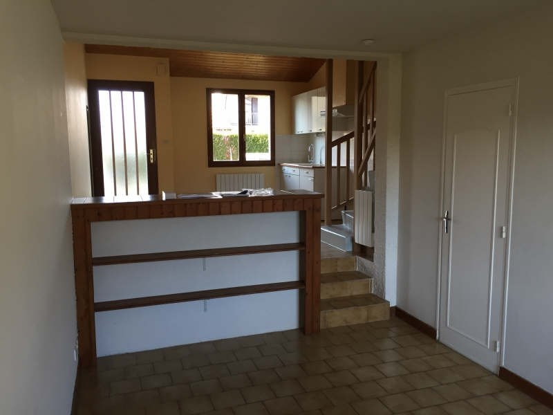 Location appartement St benoit 475€ CC - Photo 4