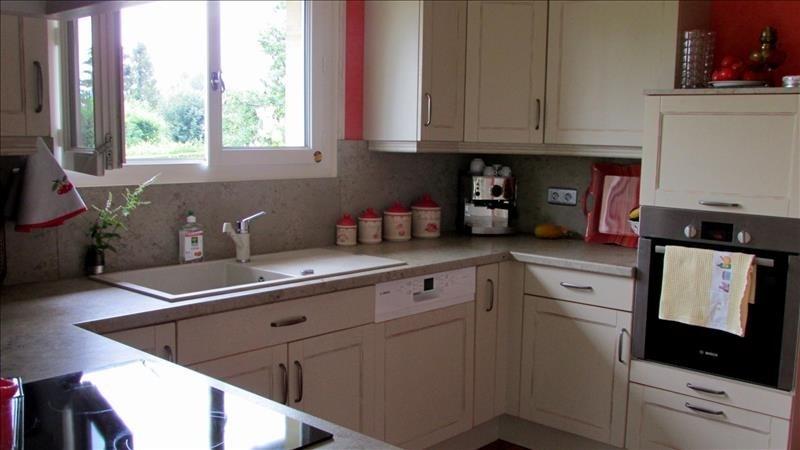 Deluxe sale house / villa Pont l eveque 600000€ - Picture 4