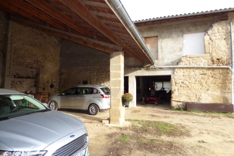 Sale house / villa Saint bardoux 170000€ - Picture 1