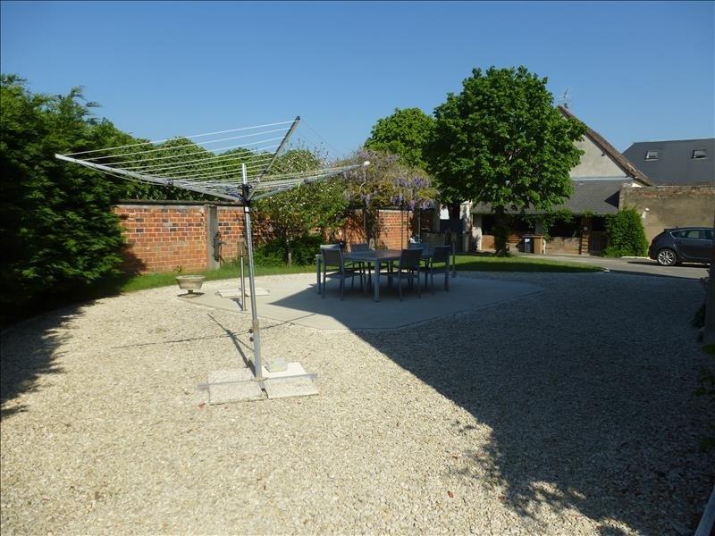Sale house / villa Tigy 236000€ - Picture 4