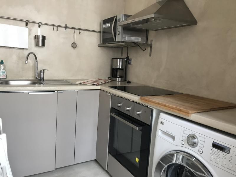 Location appartement Paris 10ème 1 675€ CC - Photo 2