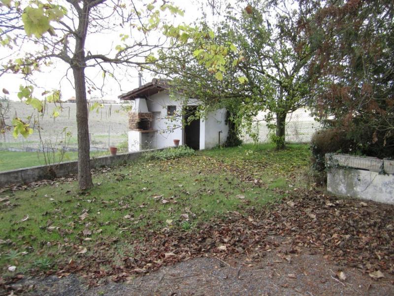 Sale house / villa Barbezieux-saint-hilaire 136500€ - Picture 3
