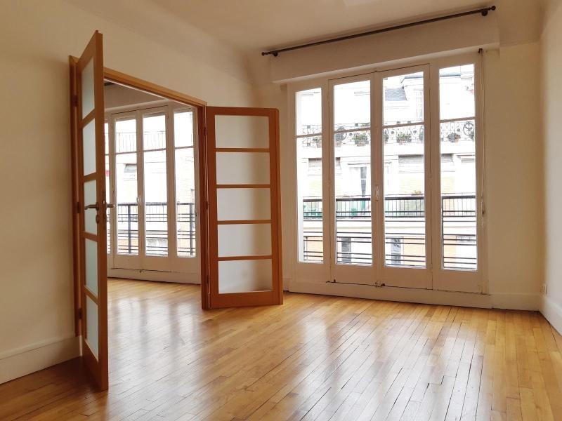 Location appartement Paris 16ème 1485€ CC - Photo 2