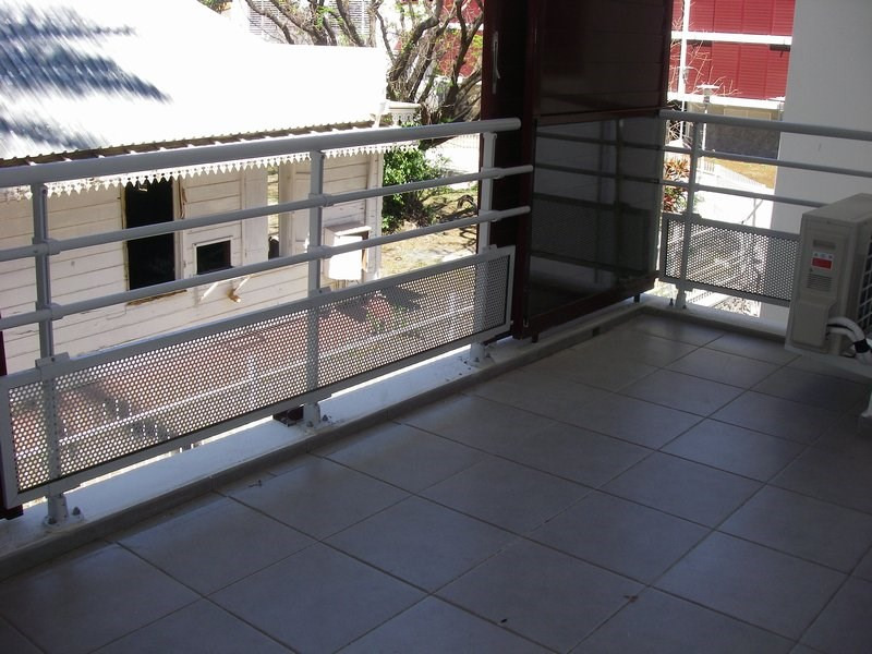 Location appartement St denis 589€ CC - Photo 6
